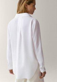 Massimo Dutti - UNIFARBENES - Skjortebluser - white - 1