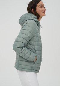 PULL&BEAR - Winter jacket - light green - 9
