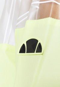 Ellesse - SAPELLI WINDRUNNER - Training jacket - light green - 3