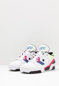Converse - ERX - Zapatillas altas - white/cerise pink/black - 2