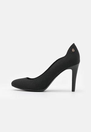 ESSENTIAL - Classic heels - black