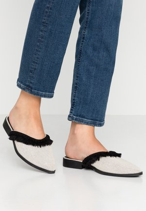 FRANCES - Mules - black