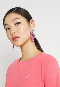 Tommy Jeans - TJW SOFT TEE - T-shirt imprimé - botanical pink - 3