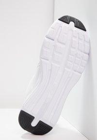 Puma - ENZO - Neutral running shoes - birch/white - 4