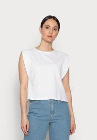 Rich & Royal - T-shirts - white - 0