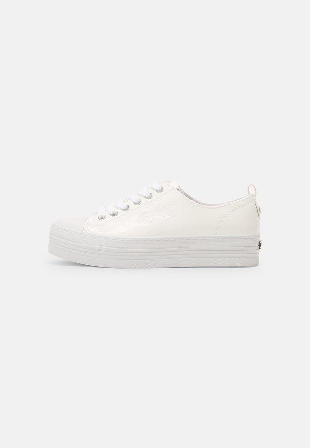 JANIKA - Sneakers laag - white