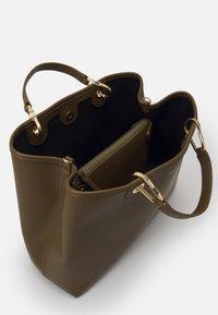 Emporio Armani - CAPSULE MYEABORSA SET - Handbag - khaki - 4