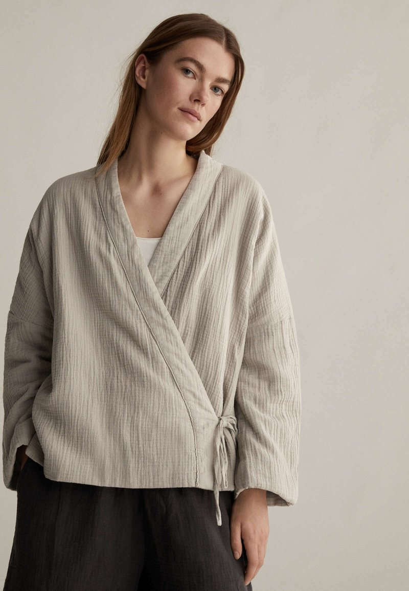 OYSHO - Summer jacket - beige