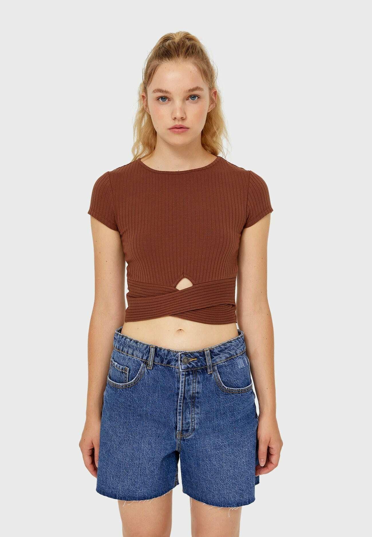 Damen MIT CUT-OUTS  - T-Shirt basic