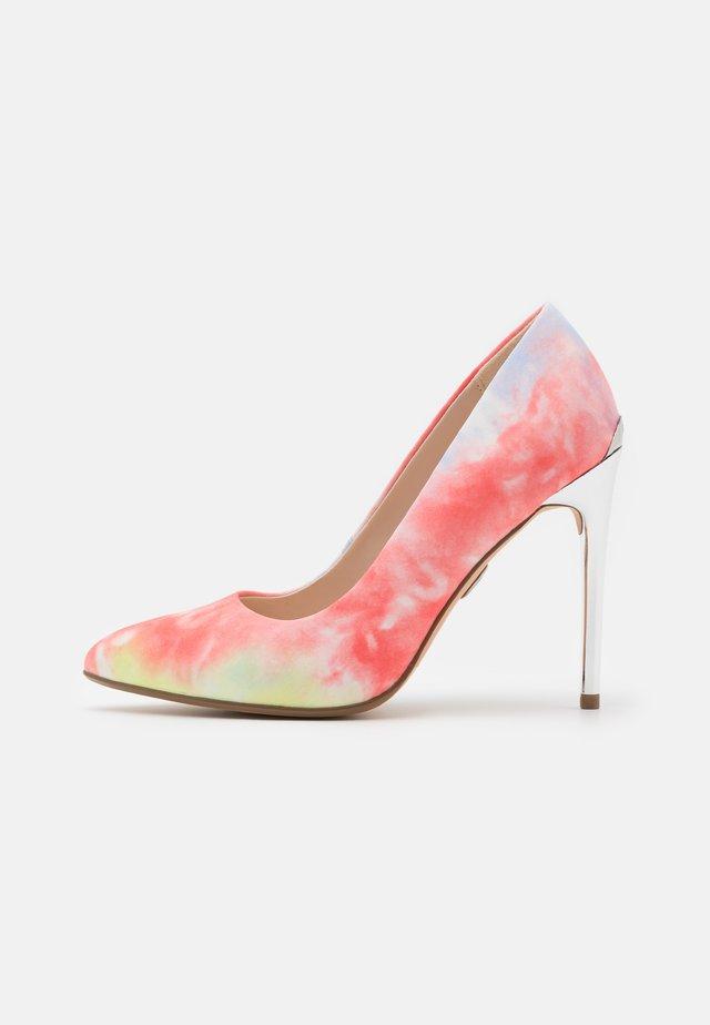 ROSELLE - Klassieke pumps - coral