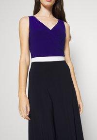 Lauren Ralph Lauren - 3 TONE DRESS - Robe en jersey - navy/white - 5