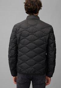 Marc O'Polo DENIM - MIT SLOW DOWN - NO DOWN-WATTIERUNG - Winter jacket - black - 3