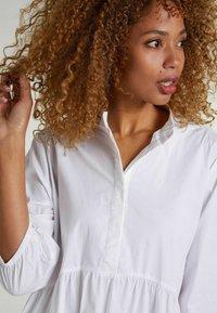 Oui - Shirt dress - optic white - 3