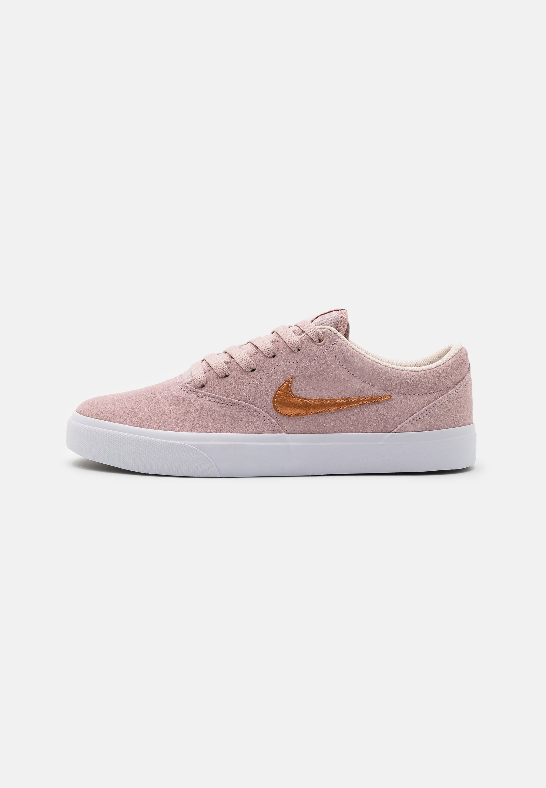 Men CHARGE UNISEX - Trainers