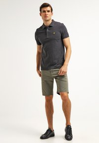 Lyle & Scott - Piké - charcoal marl - 1