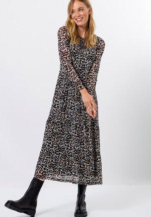 MIT LEO - Day dress - toffee