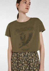 SET - ICON - Print T-shirt - ivy green - 2