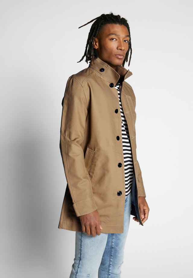 SCUTAR HALF LINED - Trenchcoat - toggee