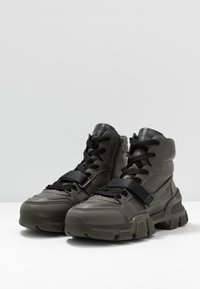 Kennel + Schmenger - ACE - High-top trainers - dark green