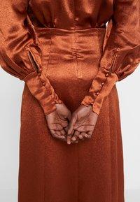 Three Floor - SUNSET DRESS - Vestido de cóctel - bronze - 6
