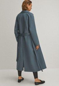 Massimo Dutti - Trenchcoat - blue - 2