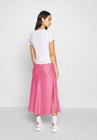 Weekday - IDA SKIRT - Jupe trapèze - bright pink - 2