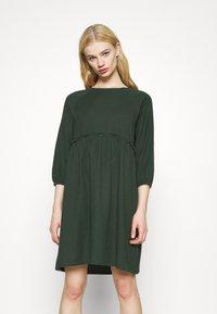 Monki - DRESS - Day dress - green dark - 0