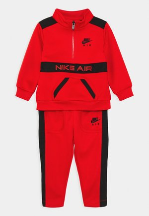 NIKE AIR TRICOT SET - Sweatshirt - university red