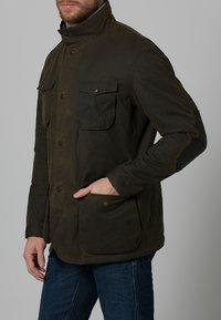 Barbour - OGSTON - Short coat - olive - 2