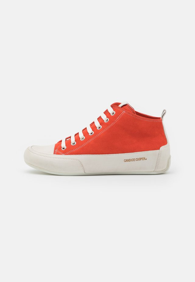 MID - Sneakers high - rosso/panna