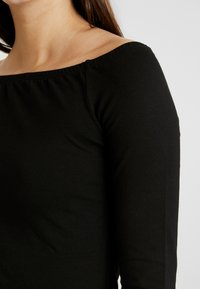Even&Odd - BASIC - Langærmede T-shirts - black - 5