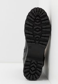 Versace Jeans Couture - Plateaustiefelette - nero - 6
