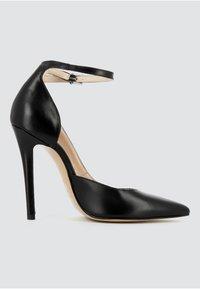 Evita - High heels - black - 2