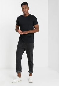 Solid - ROCK SOLID - T-shirt basic - black - 1