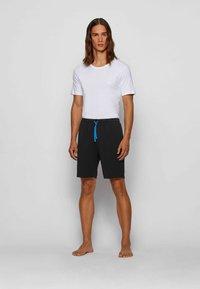 BOSS - Shorts - black - 1