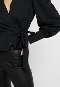 Nly by Nelly - VOLUME WRAP - Blouse - black - 5
