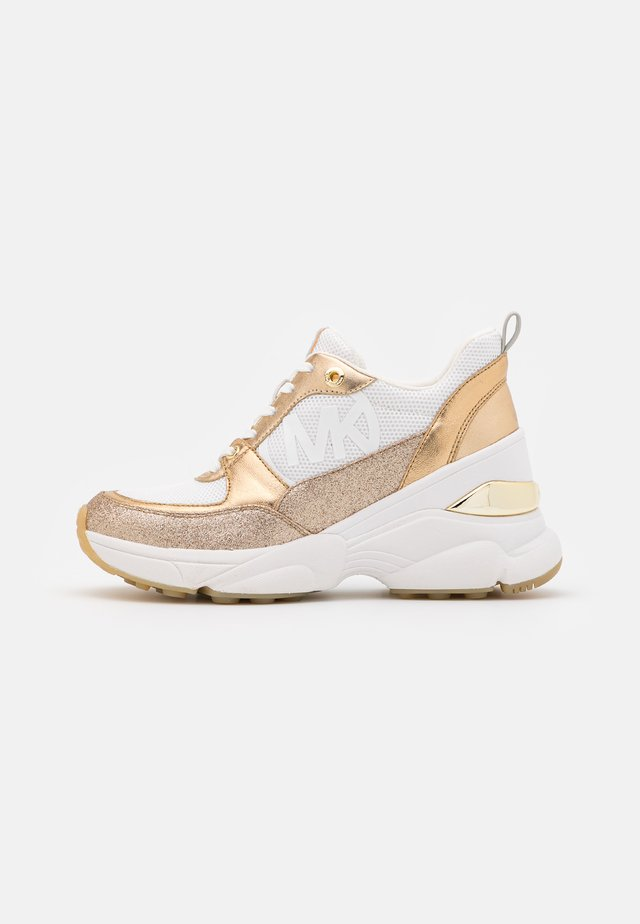 MICKEY TRAINER - Baskets basses - optic white/gold