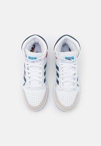 adidas Originals - TOP TEN UNISEX - Sneakers high - footwear white/crew blue/bright blue - 3