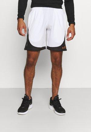 SHORT FIERCE DRY - Urheilushortsit - white