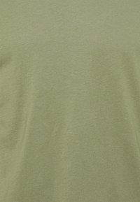 Burton Menswear London - 5 PACK - T-shirt - bas - khaki - 11