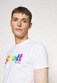 Schott - LOGO - Print T-shirt - white - 3