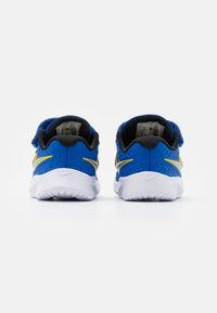 Nike Performance - STAR RUNNER 2 UNISEX - Neutrální běžecké boty - game royal/metallic silver/black/speed yellow - 2