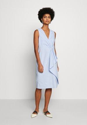 BENITA SUMMER DRESS - Shift dress - summer cloud