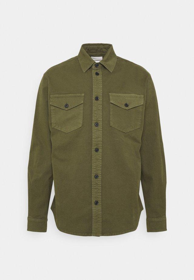 TOBI - Overhemd - olivine