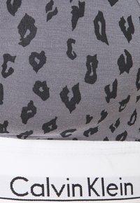 Calvin Klein Underwear - MODERN LIFT BRALETTE - Top - grey - 2