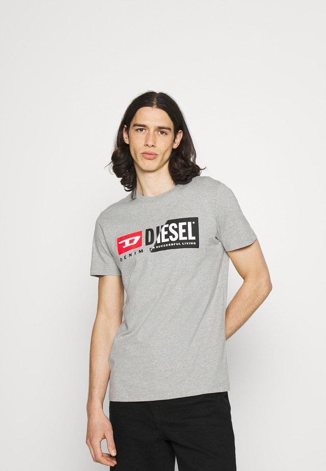 DIEGO CUTY - T-shirt con stampa - grey