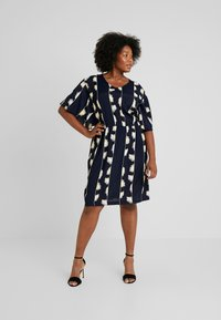 ADIA - DRESS KNEELENGTH - Korte jurk - navy - 1
