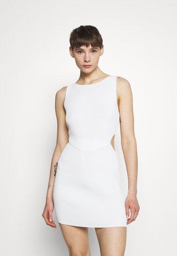 VERSAILLES MINI DRESS - Strikket kjole - ivory