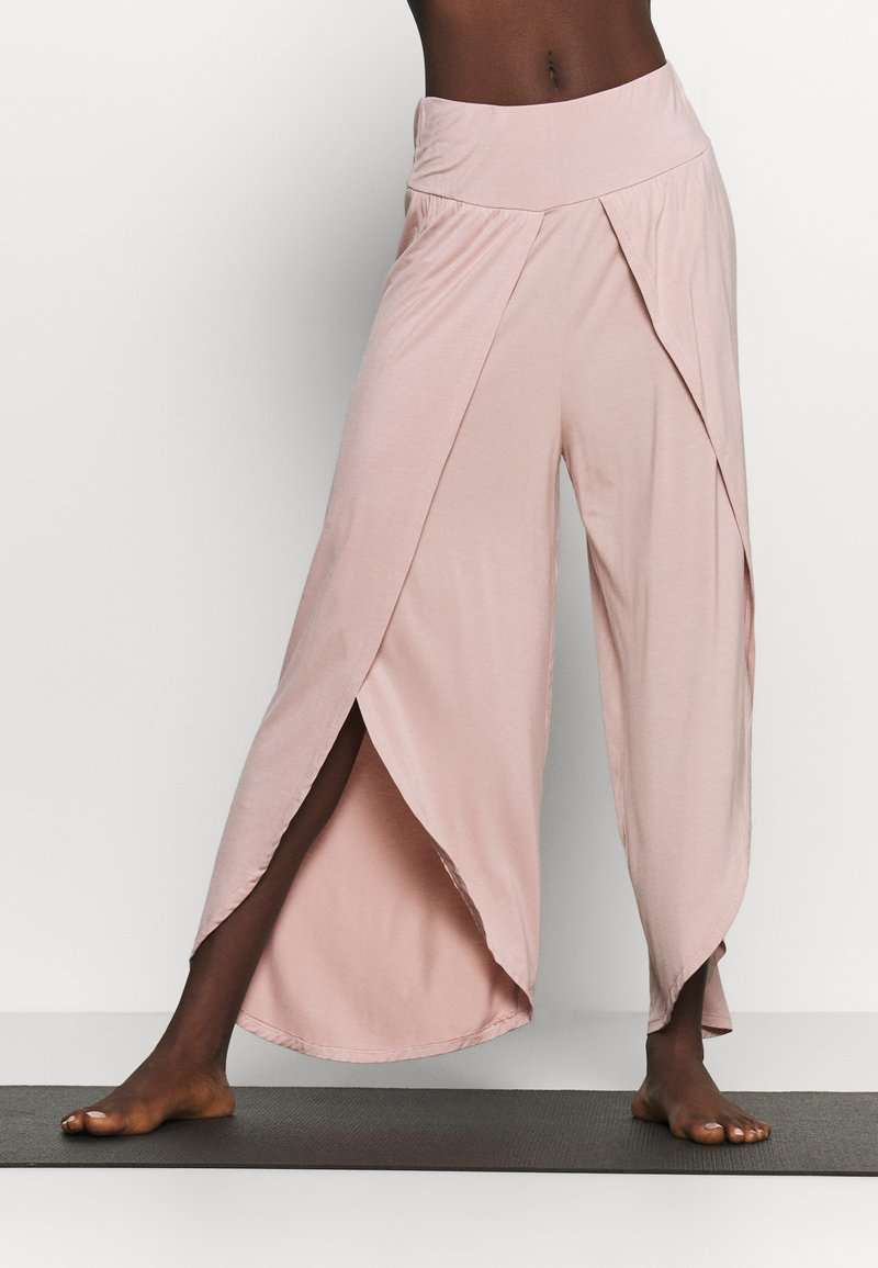 South Beach - WRAP SPLIT YOGA PANT - Tracksuit bottoms - adobe rose