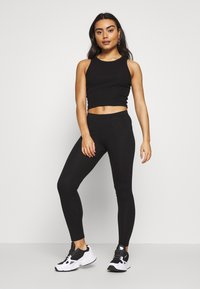 Even&Odd Petite - Leggings - black - 1